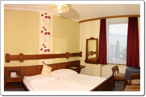 comfortable double bed room
